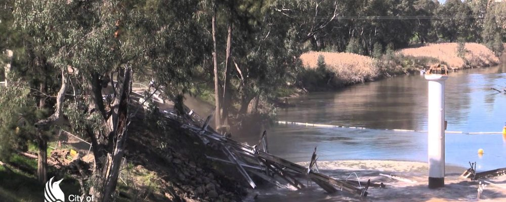 Induced collapse of the Hampden Bridge, Wagga Wagga