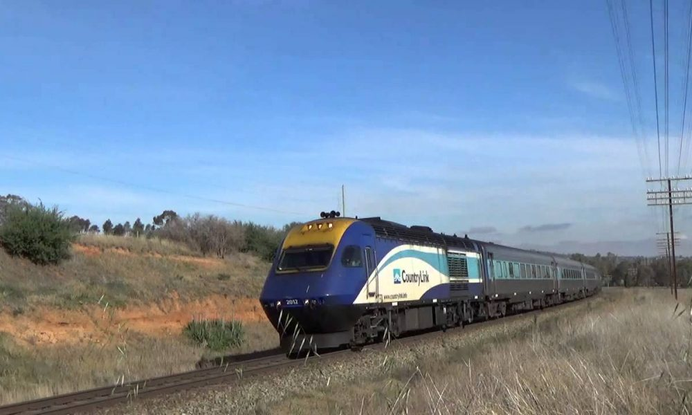 NSW Trainlink 2012 at North Wagga withan XPT service from Melbourne to sydney. 6/6/15