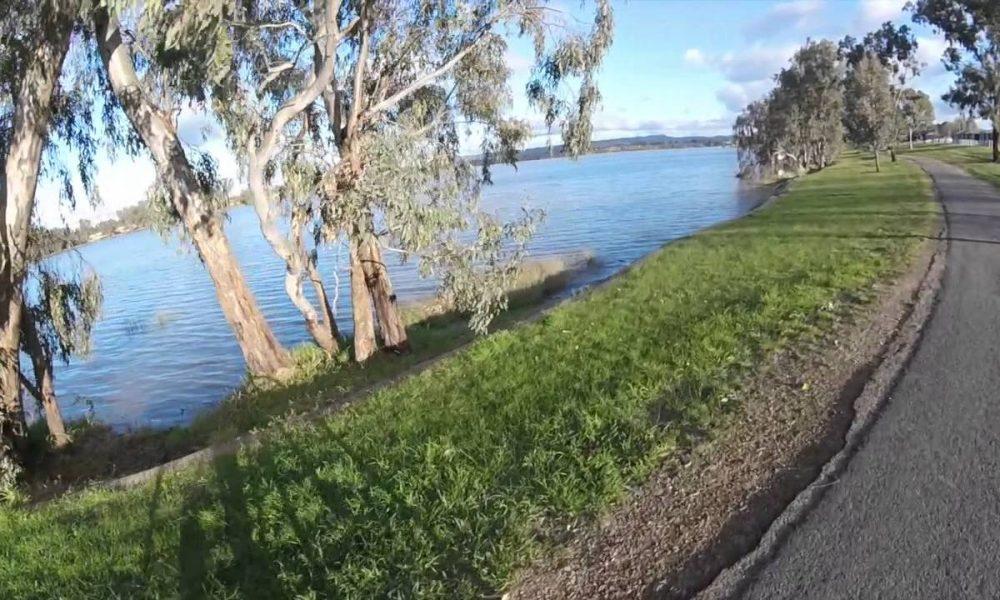 Wagga Wagga – Going to Lake Albert Trail