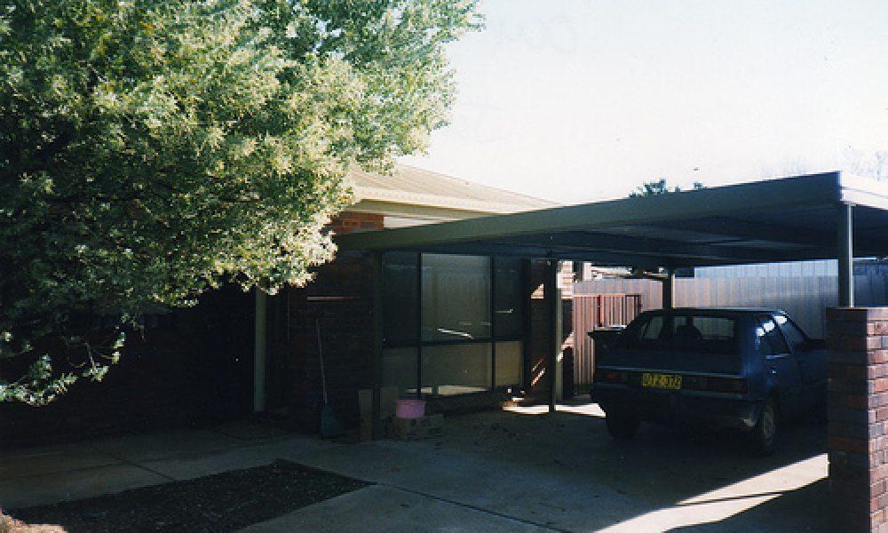 008 3/11 Lampe Avenue Wagga Wagga NSW Australia June 1998